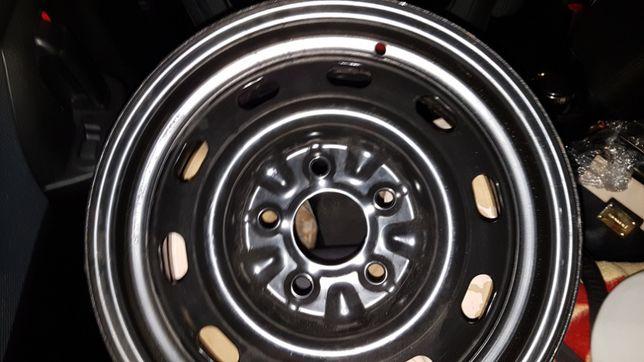 """Felgi Stalowe komplet 4 sztuki Mazda Kia 15"""" 5X114,3 Nowe"""