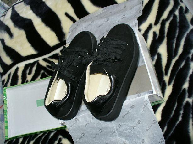 Девичьи туфельки 35 размер. Новые.