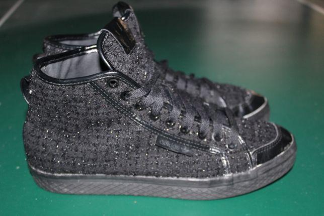 Блестящие кеды Adidas. 38 размер. 24см. Оригинал.