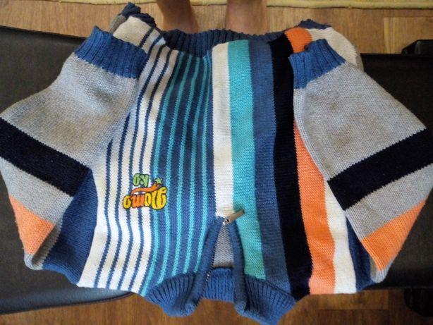 Продам шерстяной свитерок на мальчика