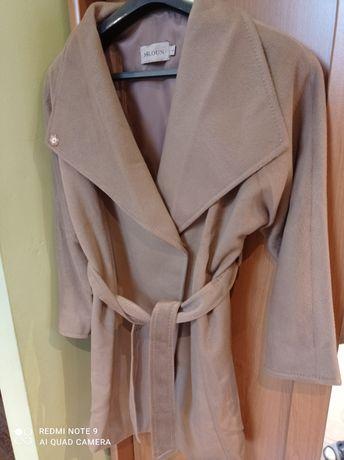 Płaszcz jesienny 42 L