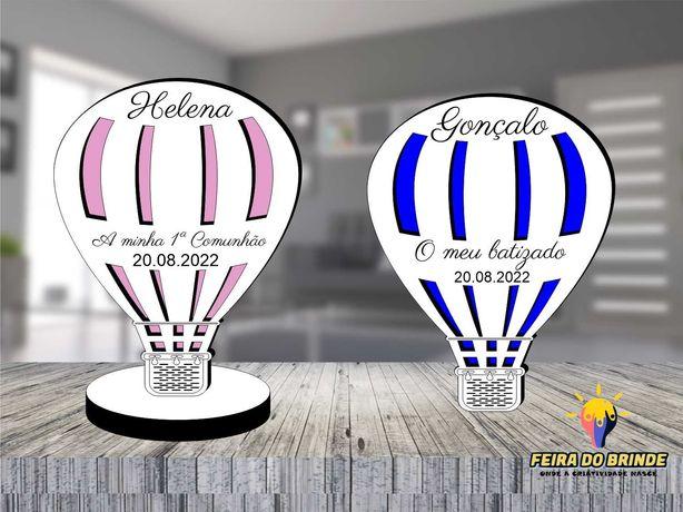 Lembrança Balão ar quente com nome e texto para várias ocasiões em MDF