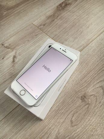 Smartfon iphone 8 64 gb bialy