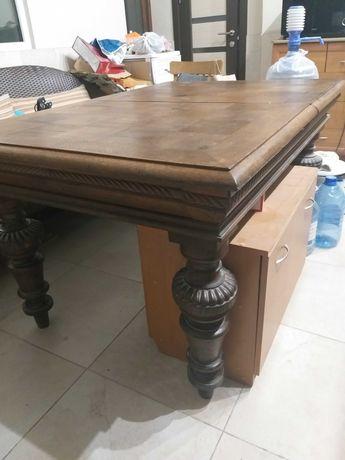 Продам антикварный деревянный стол. Срочно!
