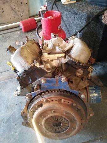 Двигатель Ford V4 (мотор Форд в4) на ЗАЗ (Запорожец) , ЛуАЗ
