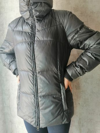 Подростковая куртка на девочку.