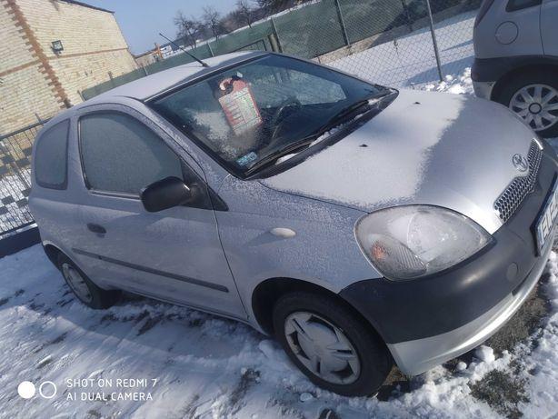 Toyota Yaris 1.0  polecam