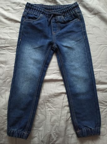 Spodnie jeans 104 nowe