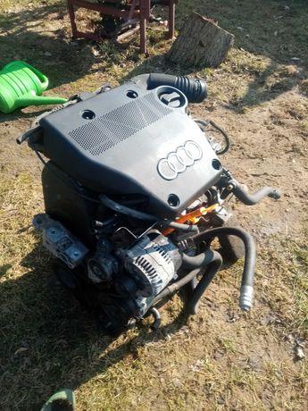 Silnik ze skrzynia 1.6 audi a3 8l
