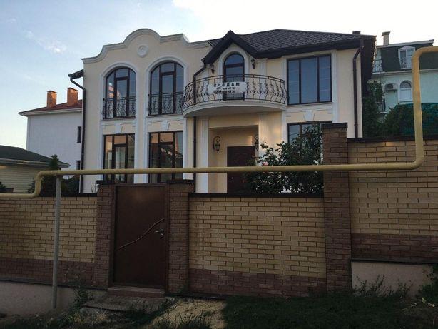 Продам дом на берегу моря в Севастополе,Крым