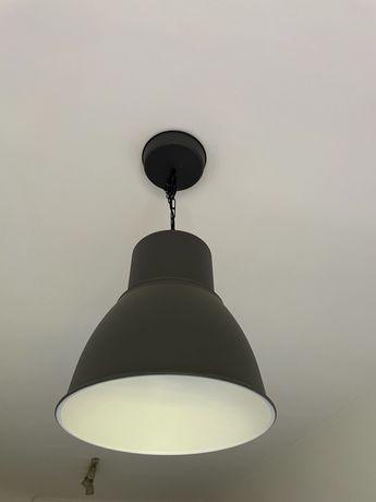 Candeeiro suspenso IKEA cinzento