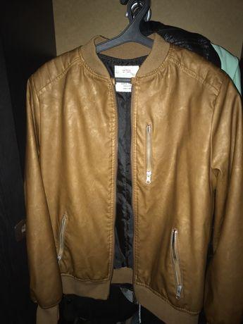 Шкиряная курточка от Zara