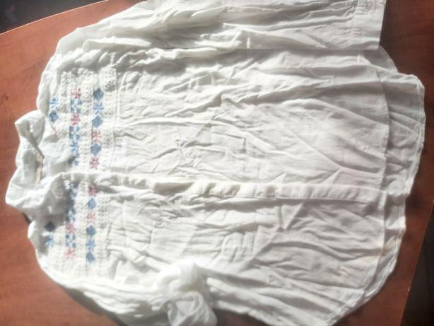 Białą haftowana koszula XL