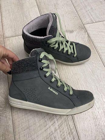 Ботинки Lowa -Gore Tex ( 39.1/3 p )