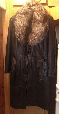 Кожаное пальто с меховой подкладкой до пояса