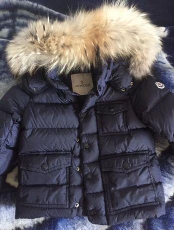Фирменный пуховик куртка Moncler