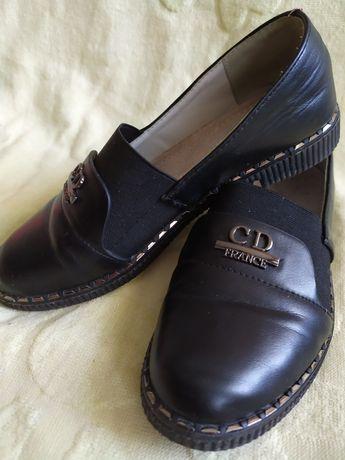 Туфли для девочки 500р