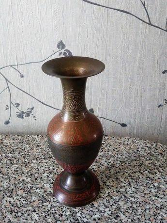 Металлическая ваза Индия