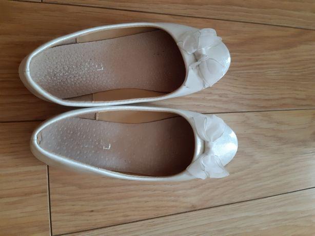 Białe półbuty/buty lakierki brokat komunia rozpoczecie roku