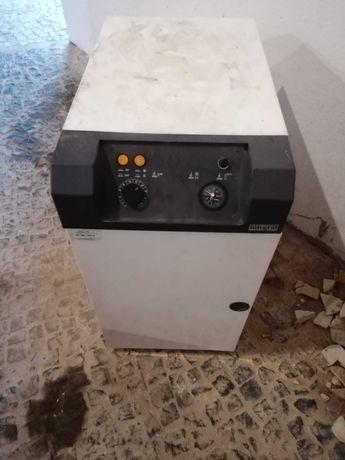Caldeira a gasóleo + depósito 1000 Litros