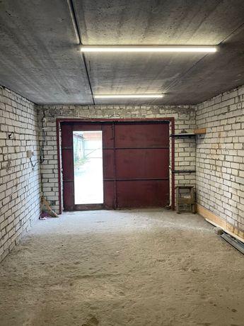 Сдается гараж на долгосрочную аренду(Киев ,улица Польова 72б)