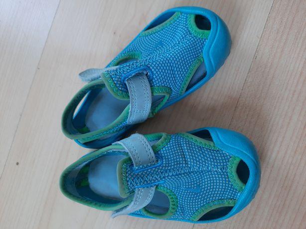 Sandałki buciki NIKE 21