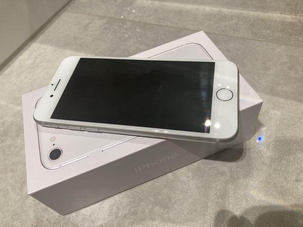Apple iPhone 8 Srebrny - Super stan!
