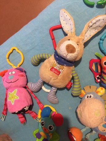 Подвесные игрушки, погремушки, растяжка