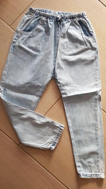 Spodnie baggy a'la jeans Next r.110