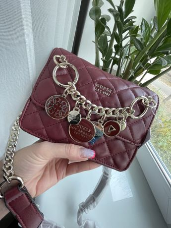 Сумка Guess Victoria Wine Red