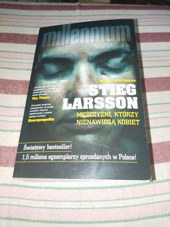 Stieg Larsson - Mężczyźni, którzy nienawidzą kobiet.. nowa.. polecam..