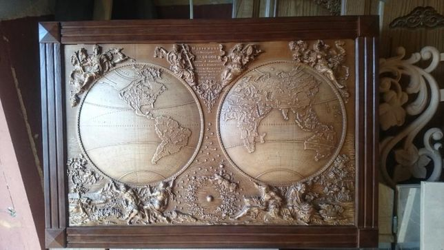 Панно из дерева. карта мира