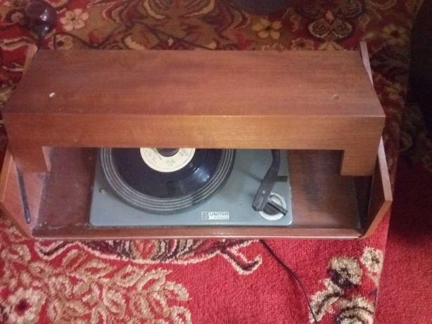 Gramofon retro UNITRA Fonika
