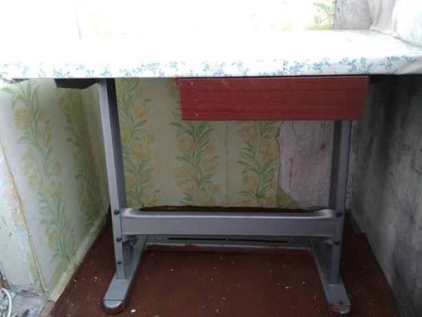 продам стол слесарный