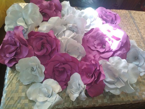 Квіти на    арку