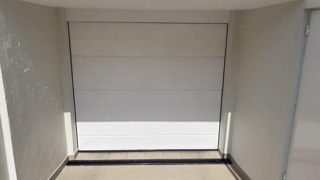 Portão de Garagem Automático - Hormann