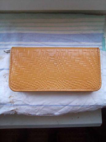 Продам шкіряний гаманець