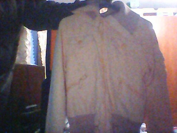Продам курточку на девочку 48 размер от фирмы ENJOY