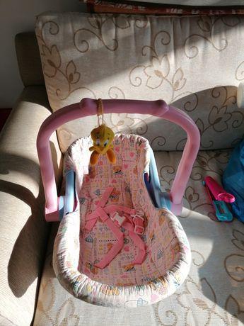 Coquinho de boneca de brincar