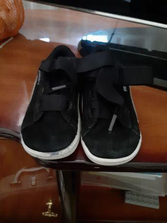 Фирменные кроссовки для мальчика фирма Puma