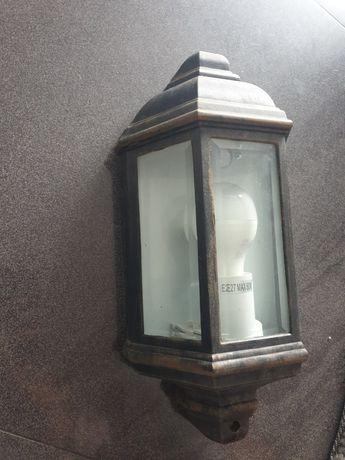 Lampa zewnętrzna kinkiet
