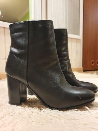 Buty skórzane obcas jak nowe