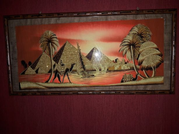 Картина на папирусе с рамкой