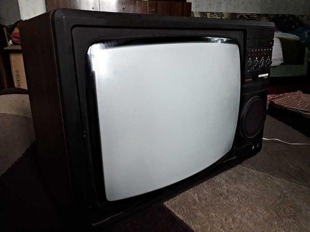 Zabytkowy telewizor ELEKTRON 382