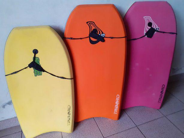 Fato Bodyboard e pés de pato