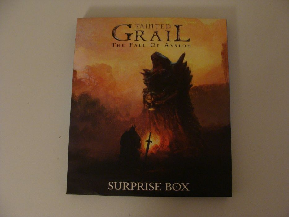 Tainted Grail - Surprise Box ANG