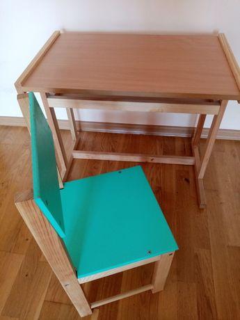 Продам дерев'яний дитячий столик і кріселко
