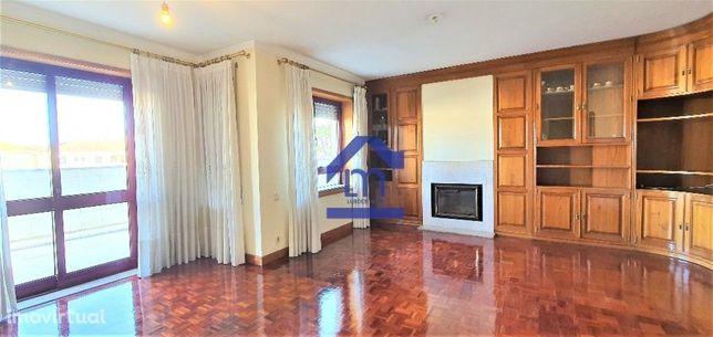 Apartamento T3 no centro de Matosinhos, com 2 lugares de garagem!!