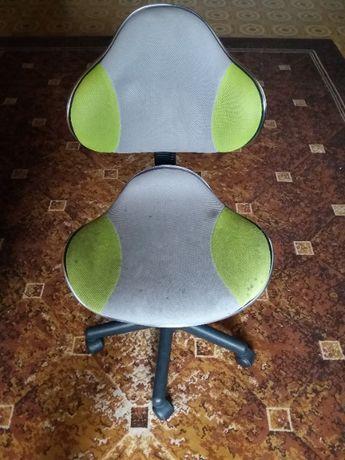 Krzesło obrotowe młodzieżowe biurowe