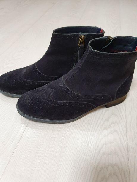 Продам ботинки hilfiger